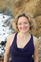 Britt Fohrman leads several 2020 Conscious Birth prenatal yoga workshops at Yoga Tree SF Valencia in the San Francisco Bay Area.