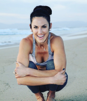 Laura Anderson co-leads (with Derek Rubiano) Partner/AcroYoga FUNdamentals, an AcroYoga workshop to be held April 27 at YogaWorks South Bay