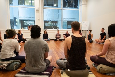 Teacher Training group discussion. Danni Pomplun will lead Danni Pomplun Yoga | Mazé Method 300-hour Advanced Yoga Teacher Training over five 6-day weeks February-November 2020 at Yoga Tree SF Training Center in the San Francisco Bay Area.
