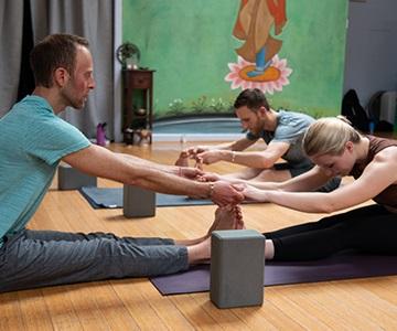 Yoga Tree 200 Hour Teacher Training Class
