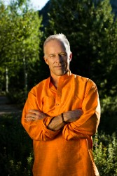 Rod Stryker leads The Yoga of Awakening , a weekend workshop to be held November 23-24,  at Yoga Tree Potrero Training Center in the San Francisco Bay Area.