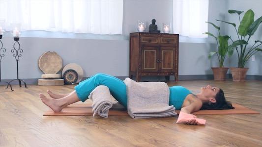 Jillian Pransky leads the 62-hour Restorative Yoga Teacher Training January 24-31, 2020 at YogaWorks NYC Soho in New York City.