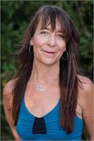 Jane Austin leads Mama Tree Prenatal Yoga Teacher Training: Level 2, a live-streamed online training, November 10-14.
