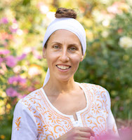 Liya Garber leads Experience Your Vastness, a 2-Day Winter Solstice Kundalini workshop at Yoga Tree Telegraph in Berkeley.