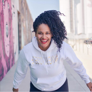Davina Davidson leads Connect 300-Hour Yoga Teacher Training January-June 2020 @ YogaWorks Midtown in Houston.